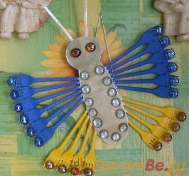 Поделки из пластиковых вилок  для детей